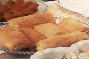 Sucuklu Paçanga Böreği